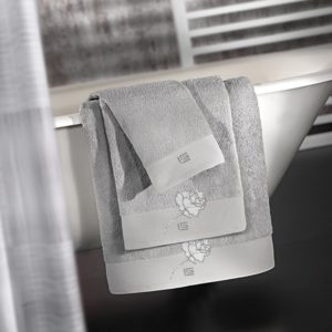 Σετ πετσέτες 3 τεμ. CELIA SILVER GUY LAROCHE
